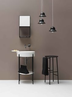 Sgabello in legno in stile moderno Hang by Ex.t design Norm Architects Bathroom Design Inspiration, Bathroom Interior Design, Toilet Design, Bath Design, Small Bathroom Furniture, Luminaria Diy, Lavabo Design, Etagere Design, Shower Units