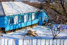 România în haine de iarnă, cele mai frumoase peisaje din toată țara. Winter Scenes, Mai, House Styles, Painting, Food, Painting Art, Winter Scenery, Paintings, Painted Canvas