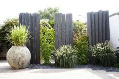 References- natural stone modern garden by mm naturstein gmbh modern Modern Garden Design, Contemporary Garden, Landscape Design, Backyard Fences, Garden Fencing, Backyard Landscaping, Screen Plants, Garden Screening, Design Jardin