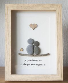 Pebble Art framed Picture Grandma/Grandmother and Child  A