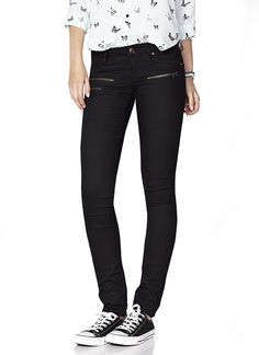 Black Jegging With Zippers - Garage  I have this pair and wanna wear it everyday. The zipper detail does it for me.