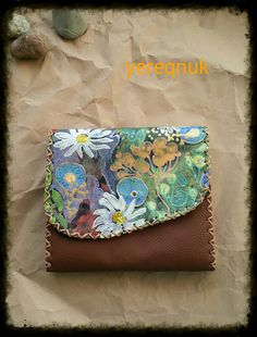A unique handmade purse with a manual by YereqnukHandicrafts, €21.00