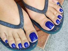 Blue Toe Nails, Acrylic Toe Nails, Pretty Toe Nails, Toe Nail Color, Feet Nails, Pretty Toes, Jamel Shabazz, Toe Ring Designs, Long Toenails