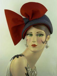 VINTAGE HAT 1940s G HOWARD HODGE, DEEP BLUE ASYMMETRIC w HUGE RED FELT SIDE BOW