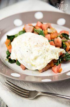 Ham hash with fried eggs paleo diet recipes Dieta Paleo, Paleo Diet, Paleo Meals, Keto, Paleo Breakfast, Breakfast Recipes, Breakfast Club, Breakfast Ideas, Egg Recipes