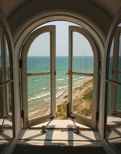 I LOVE windows. especially windows with views Beautiful Homes, Beautiful Places, Beautiful Scenery, Amazing Places, Beautiful Ocean, Stunning View, Window View, Open Window, Double Window