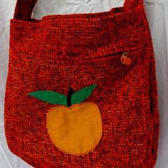 Cogli la #mela!  per prendere la vita con #energia #martecose #shop #bag #buy #sell #sew
