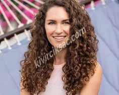14 Must-Try Hairstyles for Long Curly Hair 14 Easy Hairstyles for Long Curly Hair – Southern Living Thin Curly Hair, Long Thin Hair, Curly Hair With Bangs, Long Layered Hair, Long Hair Cuts, Layered Cuts, Curly Hair Layers, Long Curly Layers, Wild Curly Hair