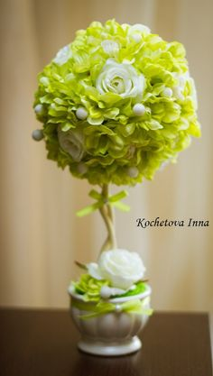 Preserved Boxwood, Preserved Flowers, Dried Flowers, Paper Flowers, Boxwood Topiary, How To Preserve Flowers, Preserves, Diy And Crafts, Decor