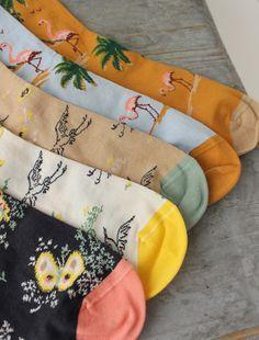 [Envelope Online Shop] Bonne Maison socks Lisette #happysocks #happinesseverywhere #socks #sockgame #sockswag Funky Socks, Crazy Socks, Cute Socks, Art Hoe, Happy Socks, Looks Style, Mode Style, Sock Shoes, Mittens