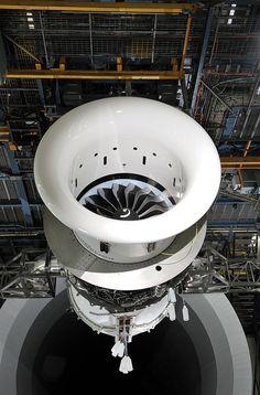 Technology Updates: Boeing 737 MAX LEAP-1B engine begins ground testin...