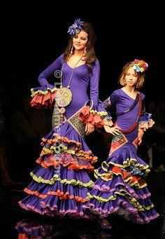 Copyright: www.quemonavaestachica.com/tag/traje-de-flamenca