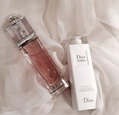 Find images and videos about dior and perfume on We Heart It - the app to get lost in what you love. Beauty Care, Beauty Skin, Beauty Makeup, Beauty Tips, Perfume Scents, Perfume Bottles, Dior Addict, Perfume Collection, Cute Makeup