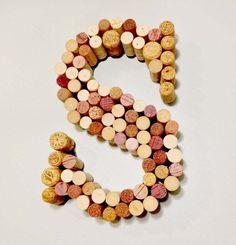 画像9 : DIYでワインコルクのお洒落なリサイクル法♡14選 - macaroni[マカロニ]