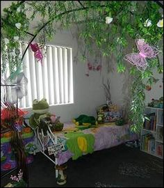 Garden room on pinterest theme bedrooms astroturf and for Butterfly themed bedroom ideas