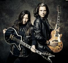 Eric Peterson and Alex Skolnick of Testament \m/Photo by one of my top music photographers, John McMurtrie.