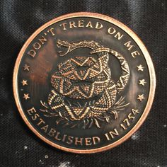 Image of Don't Tread on Me Copper Challenge Coin Cryptocurrency Challenge Coin Copper cryptocurrency aktie cryptocurrency bull run cryptocurrency dead cryptocurrency etf cryptocurrency news image Tread Military Challenge Coins, Gold Bullion Bars, What Is Bitcoin Mining, Hobo Nickel, Coin Art, Coin Display, Dont Tread On Me, World Coins, Silver Dollar