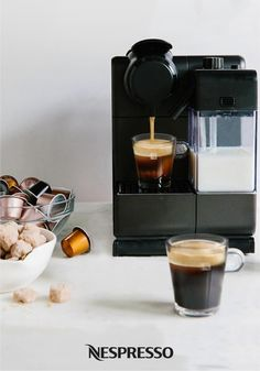 Your breakfast routine wouldn't be complete without brewing a bold cup of coffee. Using a Nespresso machine, you can create the ideal start to your day! Espresso Cake, Chocolate Espresso, Milk Recipes, Coffee Recipes, Coffee Machine Design, Machine Nespresso, Coffee Facts, Cappuccino Machine, Italian Coffee