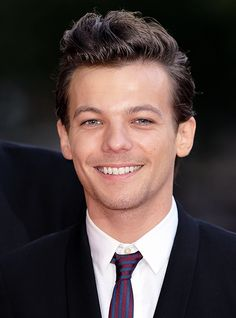 Happy Birthday to my favorite One Direction band member, Louis Tomlinson. Warm wishes from the colonies