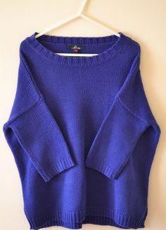 Kup mój przedmiot na #vintedpl http://www.vinted.pl/damska-odziez/swetry-z-dzianiny/3727150-chabrowy-luzny-sweter-house-xss