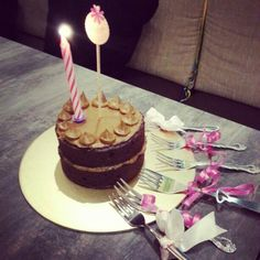 Flourless choc cake with earl grey icing. Recipe: Raspberri Cupcakes. Used 70% chocolate. Rowenta fan forced oven: 120 degree celsius 45mins. Cake: Dense, dark,  fudgy.