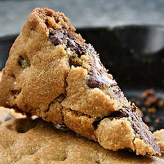 Snow-Day Skillet Cookie!