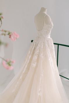 The Wedding Dress of Your Dreams is in Elie Saab's Spring 2018 Collection