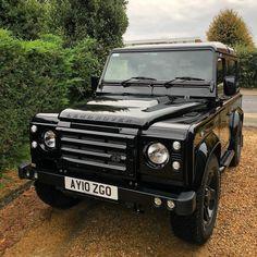 Land Rover Defender 90 Td4- Black-Dad's new landy.