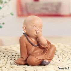 Little Monk Sculpture Resin Hand-Carved Buddha Statue Home Car Decorat – Classic Home Decor For You Buddha Statue Home, Small Buddha Statue, Buddha Statues, Baby Buddha, Little Buddha, Buddha Decor, Buddha Art, Style Chinois, Cute Kids Photography