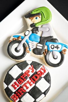 [Boy+Bash]+Dirt+Bike+Birthday+Dessert+Table