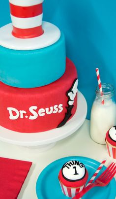 Cat in the Hat cake with Thing 1 and Thing 2 #cupcakes #DrSeuss #BirthdayExpress