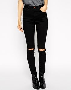 ripped skinny black jeans. I'm obsessed with those
