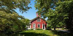 Little Red Schoolhouse Home - John Peixinho Rhode Island House