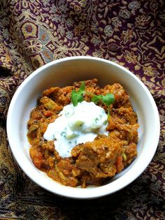 Low-Carb Tomato & Onion Beef Curry with Herby Cauliflower 'Couscous' Banting Diet, Banting Recipes, Beef Recipes, Low Carb Recipes, Cooking Recipes, Healthy Recipes, Lchf, Cauliflower Couscous, Tomato Curry