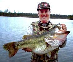 13lb 3oz Largemouth Bass, Escambia County Lake, Alabama