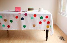 Faça sua própria toalha de mesa sem gastar quase nada!