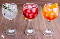 Nothing better than good Gin Tonic Recipes to enjoy the summer and escape the obvious. Here you will find delicious recipes of Gin Tonic. Tonic Drink, Gin And Tonic, Bar Drinks, Alcoholic Drinks, Cocktails, Margarita Mocktail Recipe, Alcohol Recipes, Summer Drinks, Food Network Recipes