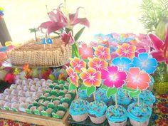 Festa Hawaiana - Topper Hibiscus <br> <br>Ideial para decorar Cupcake.