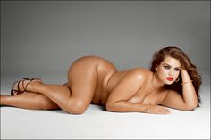 French Model Tara Lynn--a wonderful example that bodies can be beautiful no matter what size. TRULY an inspiration.