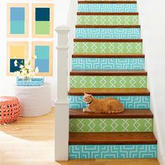 Treppe Deko Ideen selber machen Tapetenresten bekleben