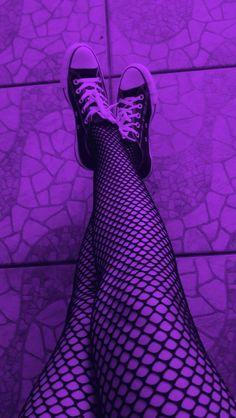 6 Best Hip Exercises for Women Health : Sport for Women in 2020 - Frau Neon Purple, Purple Walls, Purple Love, All Things Purple, Purple Rain, Shades Of Purple, Purple And Black, Dark Purple Aesthetic, Violet Aesthetic