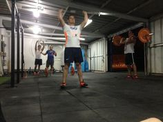 Clase de las 20:00 hrs #AquilesFTCuenca #Entrenamiento #Fitness #Fit #FitnessAddict #Workout #Cardio #Train #Health