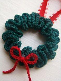 Free Crochet Christmas Ornament Patterns   Christmas Wreath Ornament ~ free pattern   Winter Crochet