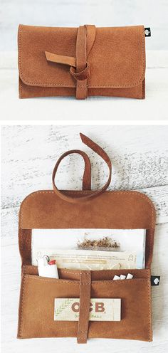 This genuine leather tobacco pouch is made of soft nubuck. Es bietet dir,… This genuine leather tobacco pouch is made of soft nubuck … - Presents For Kids, Gifts For Kids, Gifts For Her, Leather Tobacco Pouch, Leather Bag, Bags 2018, Leather Craft, Bag Making, Diy Bags