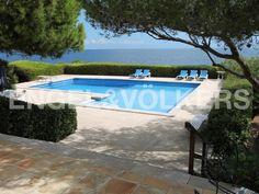 Villa right by the sea in Cala Ratjada Engel & Völkers Property Details | W-0227MS - ( Spain, Mallorca, Mallorca North-East, Cala Ratjada )
