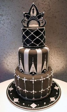 Cool cake for a Gatsby-themed event. S DeCosmo ♡❤ ❥ Black & Silver Art Deco Wedding Cake Fancy Cakes, Cute Cakes, Pretty Cakes, Crazy Cakes, Art Deco Cake, Cake Art, Unique Cakes, Creative Cakes, Pastel Art Deco