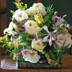 Beautiful English Autumn Collection from The Real Flower Company | Flowerona