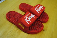 """MixUnit x ISlide """"Underground Kings"""" slides. Shop the collection now! #holiday"""