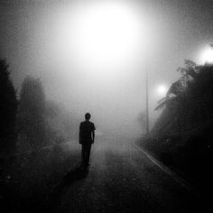 离开孤独,脱离寂寞 by ShiroWengPhotography, via Flickr