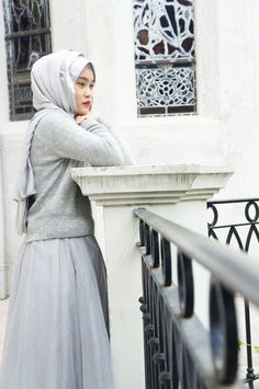 Grey tulle skirt + pullover | hijab style & modest fashion .